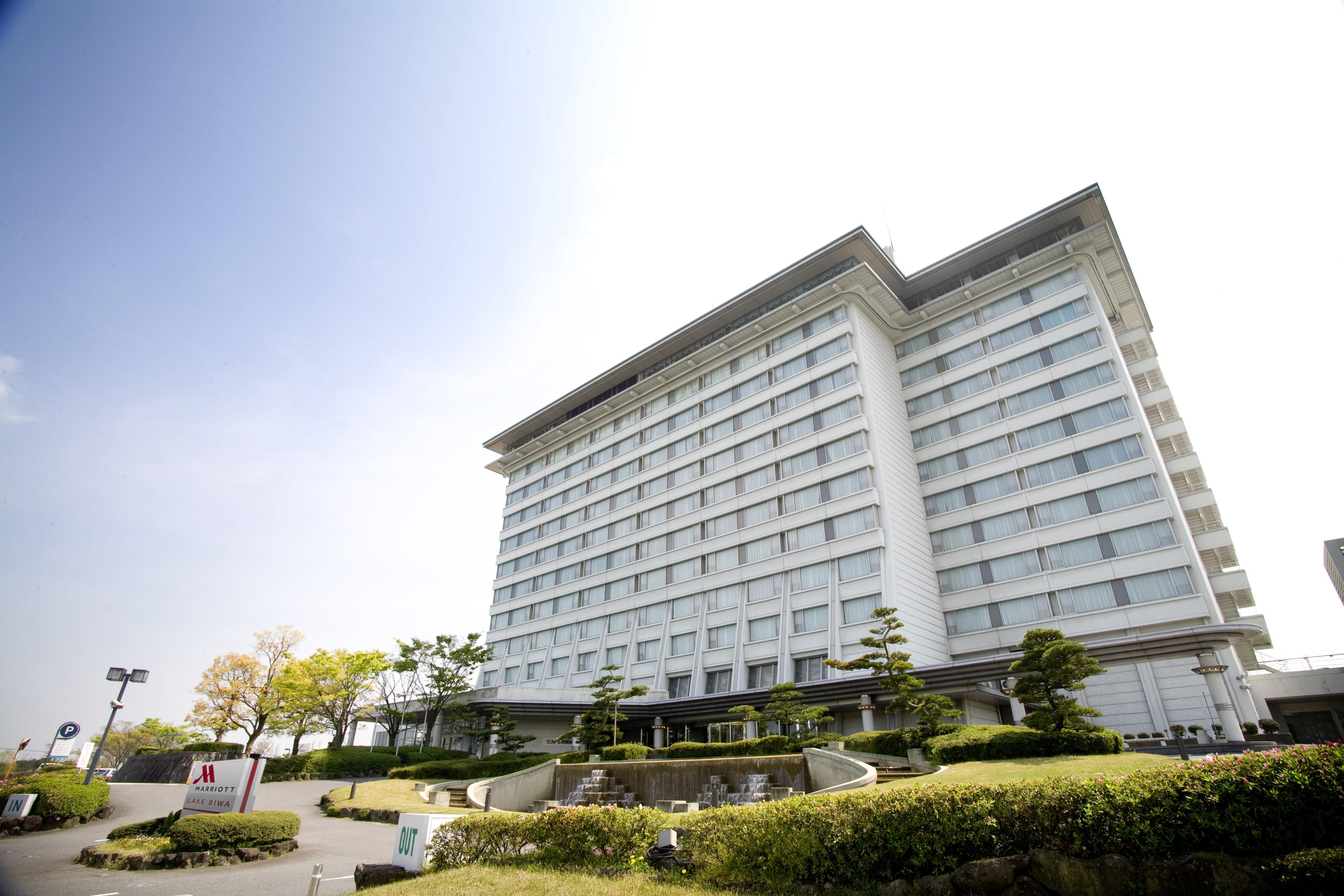 琵琶湖マリオットホテル(旧:総合リゾートホテル ラフォーレ琵琶湖)