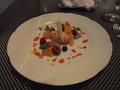 【ヴィラッツァ トラットリア】 特製ドルチェ 『季節のフルーツジェラートと旬のフルーツ添え』