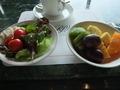 【スカイラウンジ オルフェウス:朝食ブッフェ】サラダとフルーツ