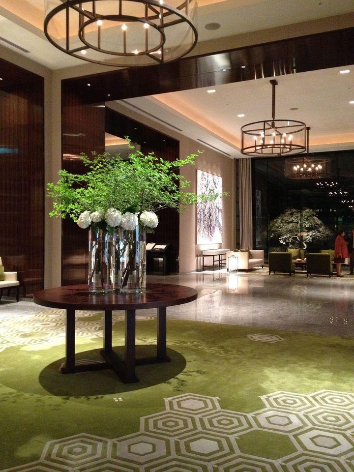パレスホテル1階ロビーです