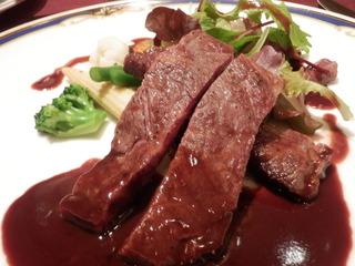 【夕食】特選牛サーロインステーキ