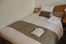 セミダブルのベッドにテンピュールの枕