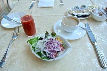 【朝食】サラダとコーヒー