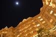 ディズニーランドホテルと満月