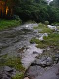 川沿いに足湯もあります