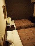 ツインルームのベッド概観。