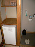冷蔵庫とトイレ。