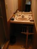 洗面所。左には内風呂。