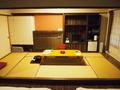 ベッド側から和室を撮りました。