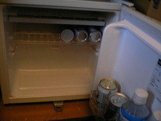 冷蔵庫を開けてみました。