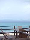 部屋直結のウッドテラスから海♪