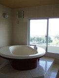 上の階には大きなお風呂♪