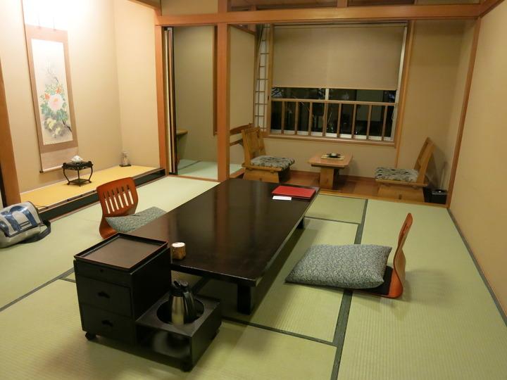 一乃松 西館(新館)の客室