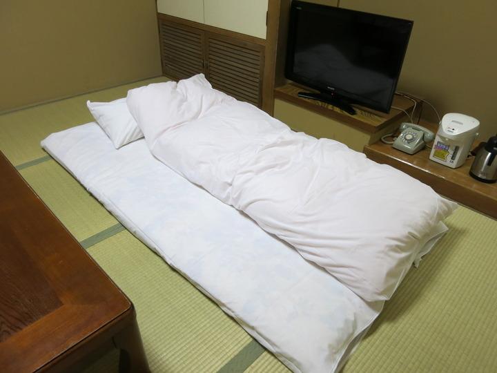 寝具は布団