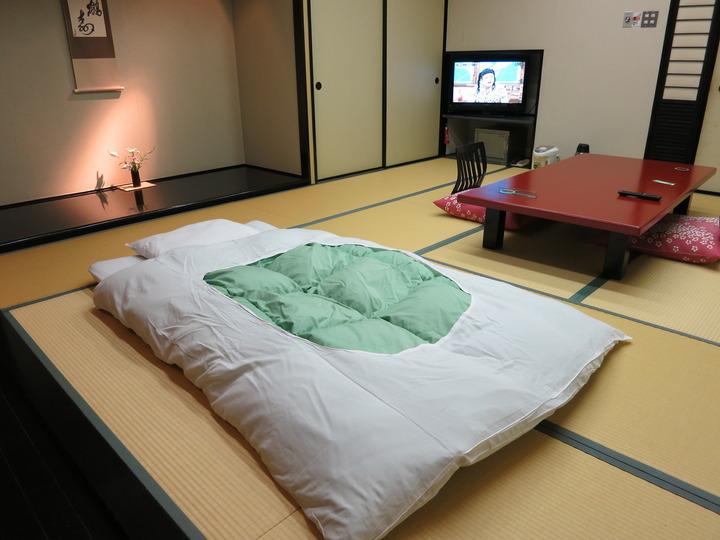 寝具は敷布団
