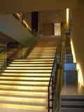 宴会場へとつながる階段が美しい
