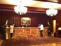 ホテル受付チェックインカウンター