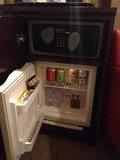 部屋の冷蔵庫内の飲み物