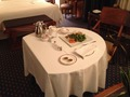 ルームサービスのテーブル