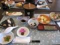 朝食のテーブル