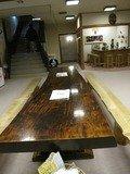 大きなテーブル