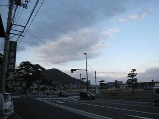旅館前の道路