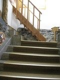 簡素な階段