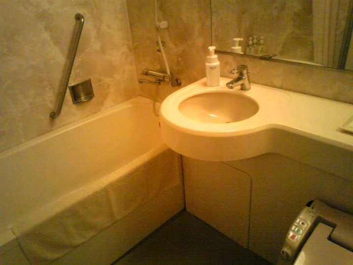 お風呂とトイレ ...
