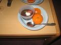 デザートのチョコとイチゴと生クリームと