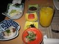 蔵での朝食