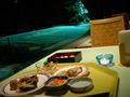 夜のレストランは雰囲気があります