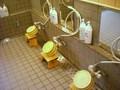 浴室の椅子、桶