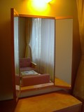 広縁のドレッサーの鏡