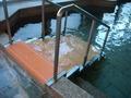 浴槽の手すりと階段
