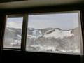 部屋から朝里川温泉スキー場が見えます
