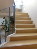 多目的棟の階段