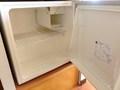 中身は空のタイプの冷蔵庫