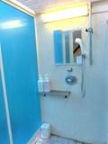 浴槽寄りのシャワーブース