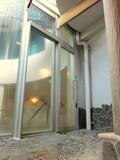 露天と内湯の間のドア