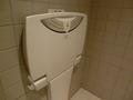 ロビーフロアのトイレのベビーベッド