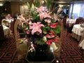 重慶飯店新館入り口の花