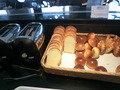 食パンとバターロール