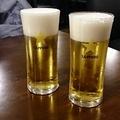 定食セットのグラスビール