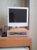 コンパクトな液晶テレビ