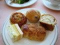 スカイバンケットで朝食(パン)