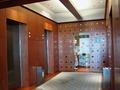 客室へ向かうエレベーター