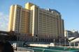 【ホテルユニバーサルポート】 海側からみた外観