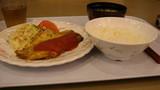 晩ご飯です。合宿に来た感じ。