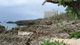 海のところはビーチではなく岩場