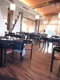 夕飯は館内のレストランで。